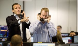 Brokers-in-Barclays-Tower-001